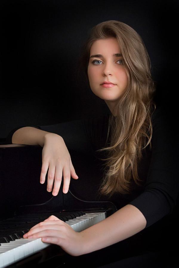 Piano Solo with Daria Piltyay