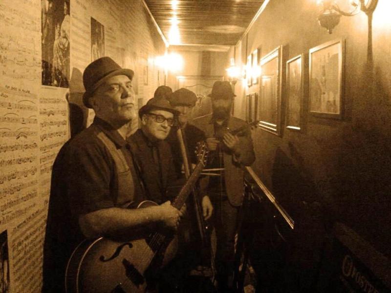 Friday's Blues & ROOM 69
