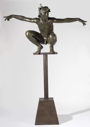 'Hombre pájaro', José Manuel Belmonte Cortés          ( Bronce, 180 x 100 x 40 )