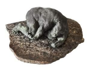 'Minotaur', Grzegorz Gwiazda ( Bronce y piedra, 10 x 30 x 25 )